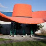 横幅13.5m!? 世界一大きい帽子
