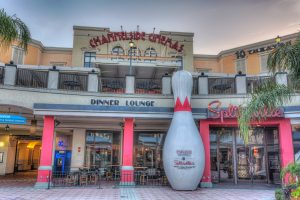 splitsville-worlds-largest-bowling-pin