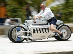 速いバイク4