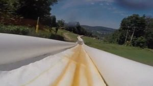 引用 : http://www.wowamazing.com/talent/water-sports/2000-foot-long-water-slide-will-soon-open-at-action-park/