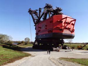 http://machmachineine.blogspot.jp/2010/05/big-brutus-dragline-excavator.html