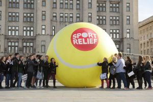 引用 : http://www.liverpoolecho.co.uk/news/liverpool-news/giant-tennis-ball-liverpool-sport-6849523