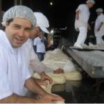 重さ1,571kg!? 世界一大きいパン ギネス認定