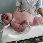 体重11kg!? 世界一大きい赤ちゃん ギネス認定