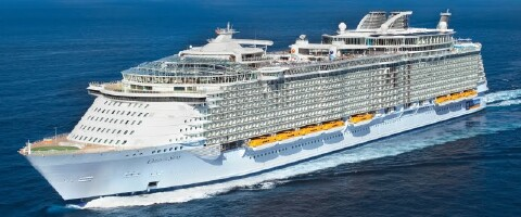 引用 : http://www.cruisin.me/cruise-ship-tracker/royal-caribbean-international/oasis-of-the-seas.php
