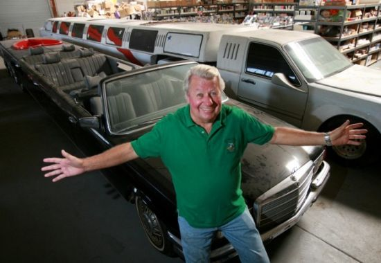 引用 : http://www.bornrich.com/jay-ohrbergs-new-limousine-to-outclass-his-own-100-foot-creation.html