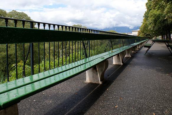 引用 : http://www.atlasobscura.com/places/treille-promenade