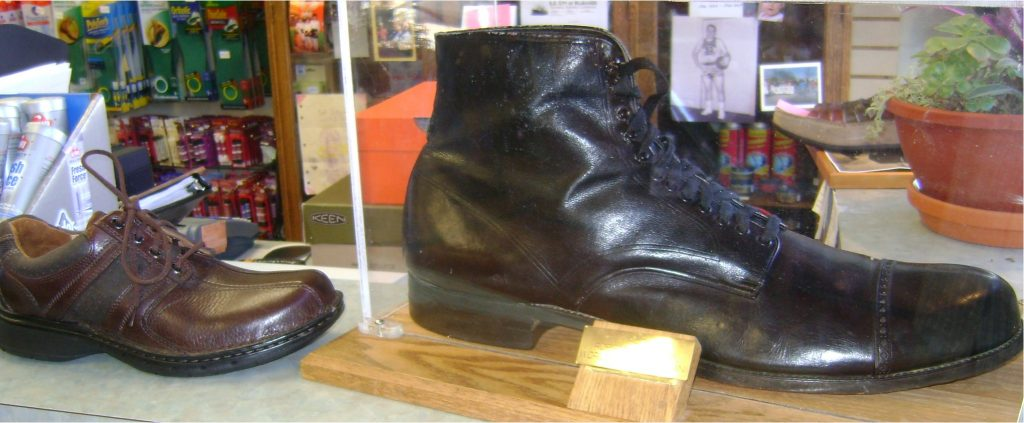 ロバート・ワドロー 靴1
